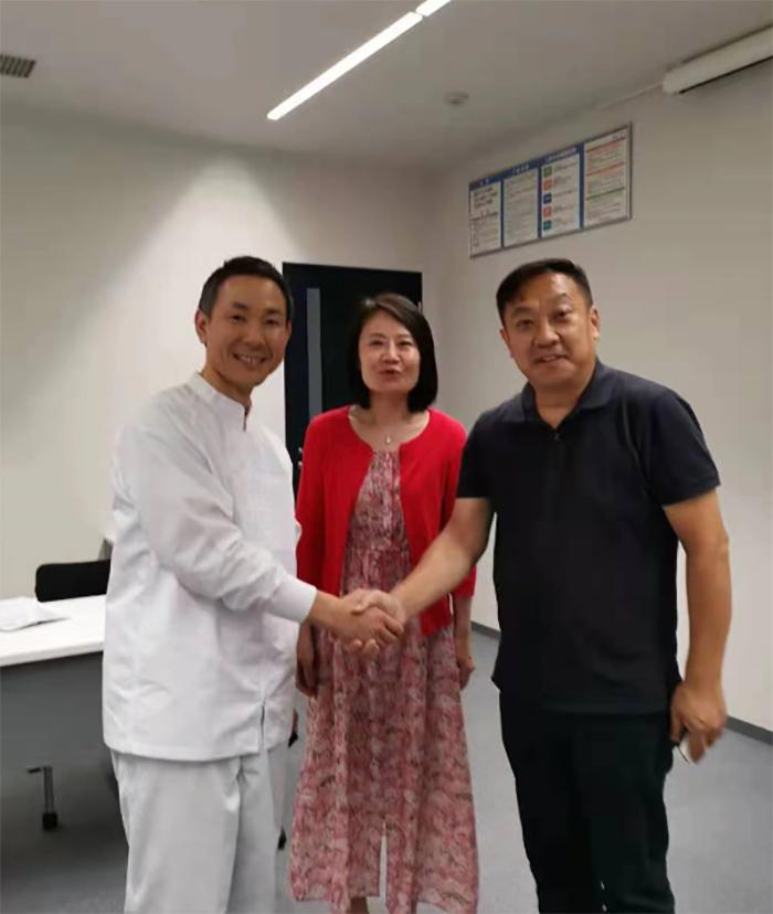 花帝董事长张福财与九州工场负责人进行深度沟通,双方达成合作意向